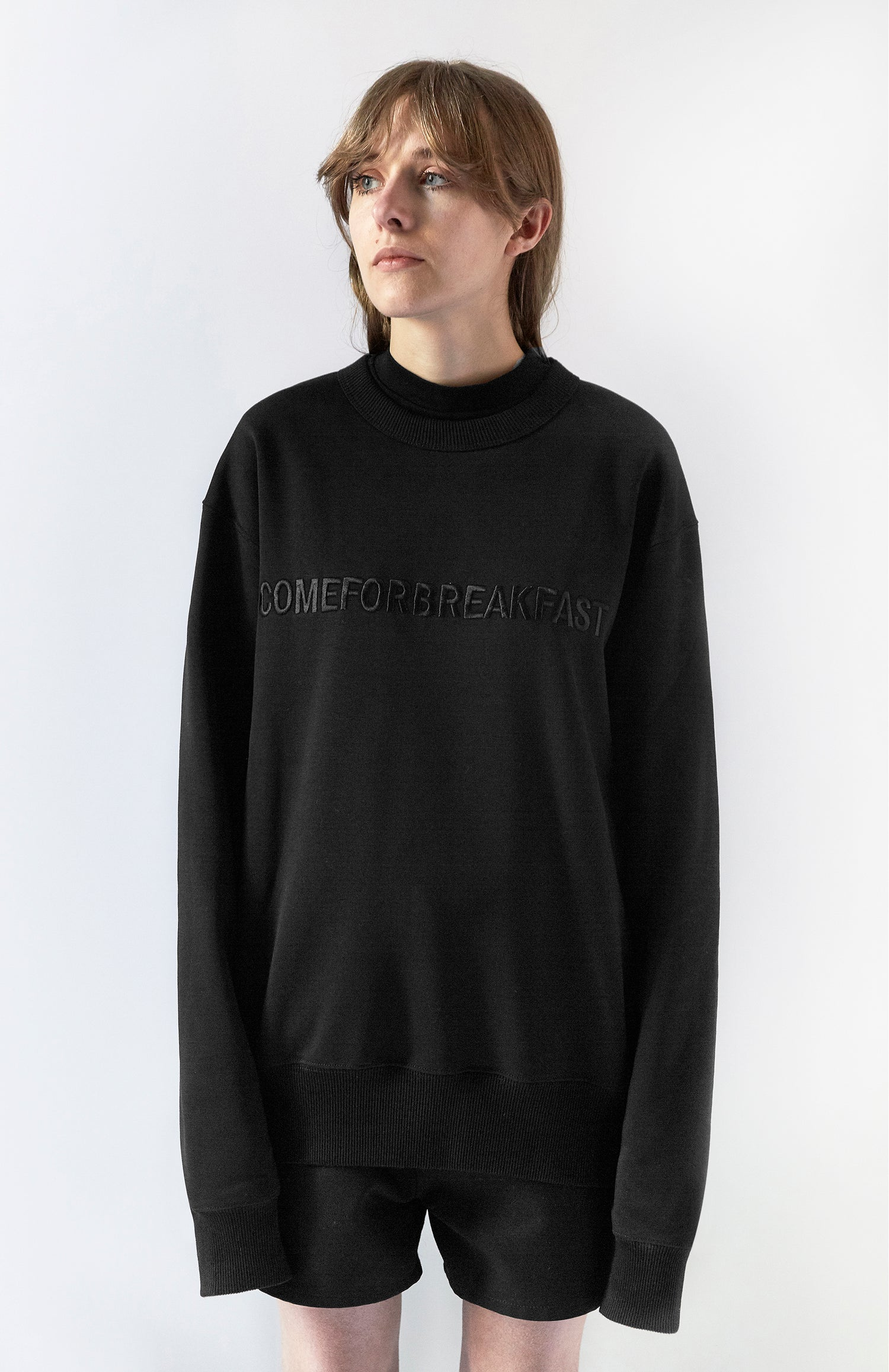 Image of SWEATSHIRT WITH BLACK EMBROIDERED LINEAR COMEFORBREAKFAST LOGO - WOMAN