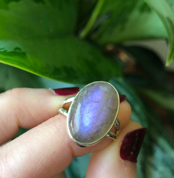Image of Pink + Purple Flash Labradorite Sterling Silver Ring (7)