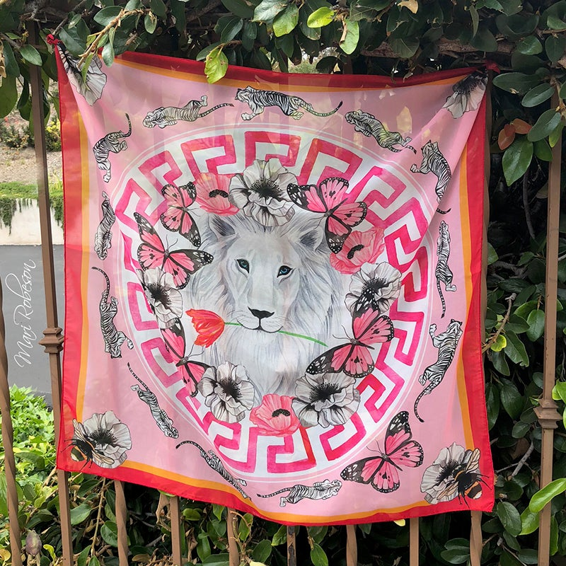 Image of White Lion Scarf