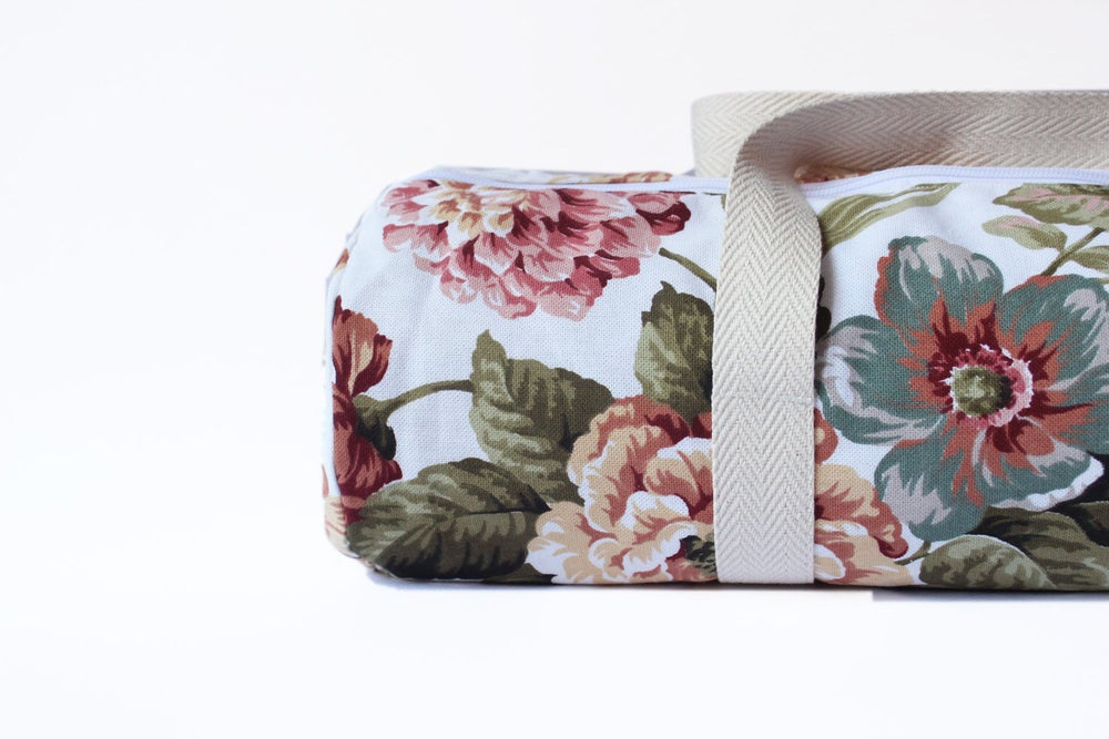 Image of Vintage Flower • Yoga Bag