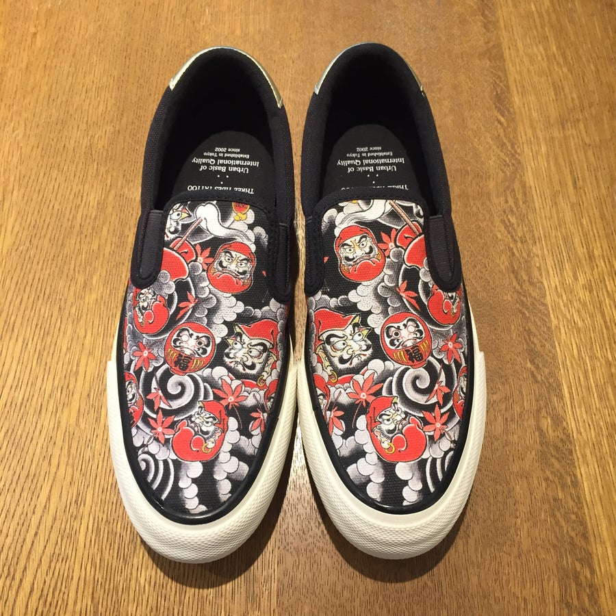 Image of MUTSUO DARUMA 3T UBIQ SLIP ON