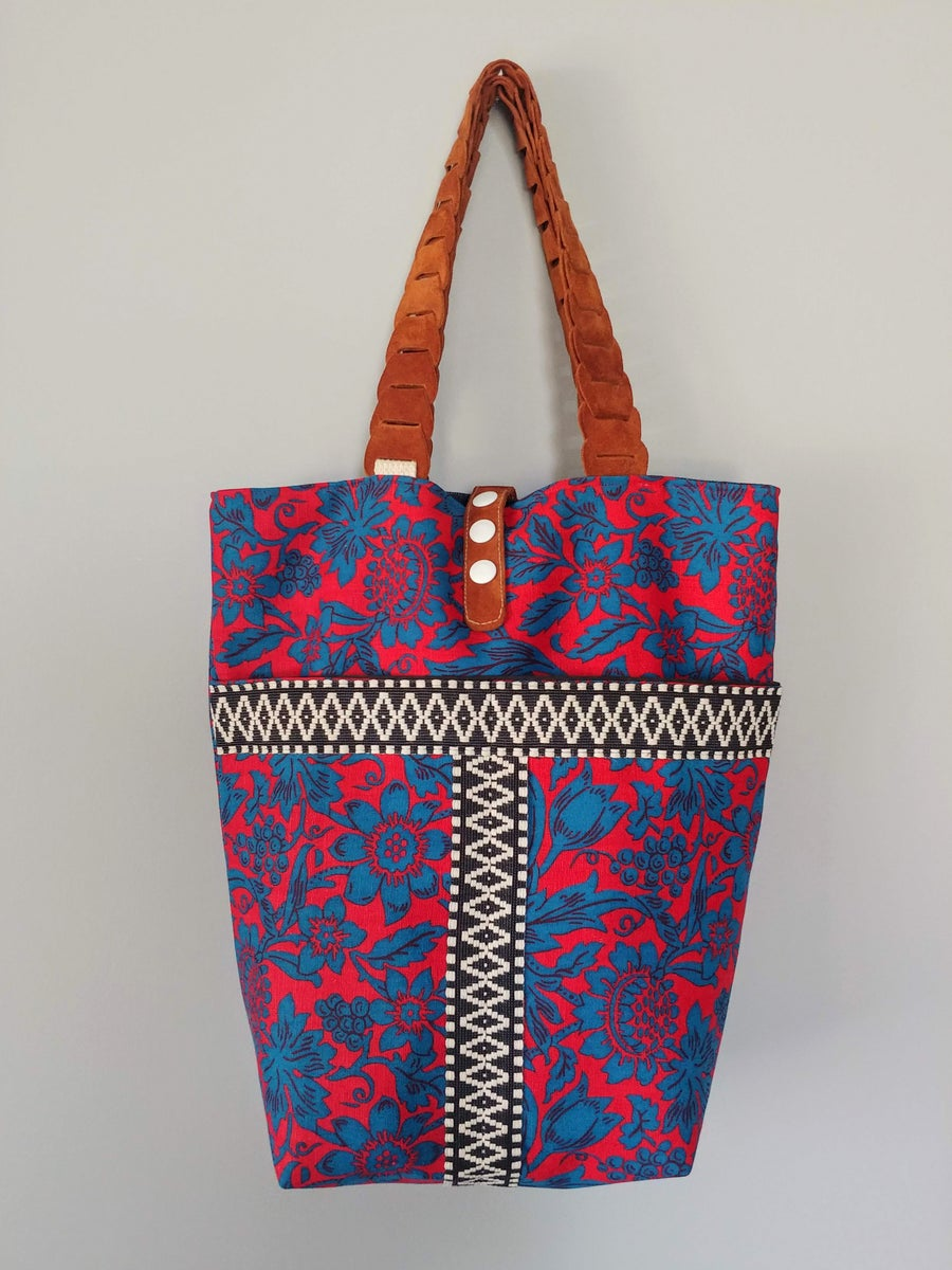 Image of Edit Spring 2018 Vintage Fabric & Repurposed Leather Bucket Tote