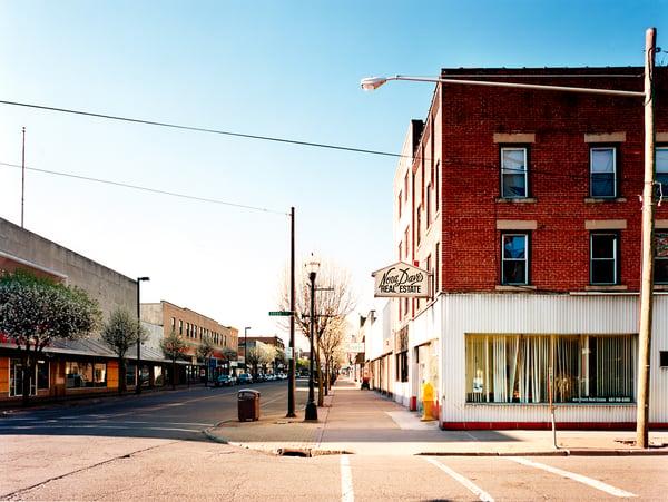 Image of Washington Avenue.  Endicott, NY 2010.