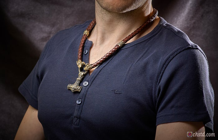Thor's Hammer : MJOLNIR + Wolfs Leather Necklace