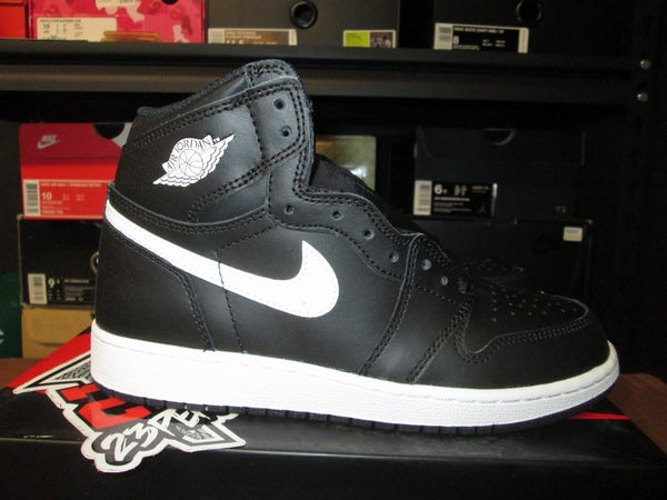 "Air Jordan I (1) Retro High ""Yin"" GS - areaGS - KIDS SIZE ONLY"