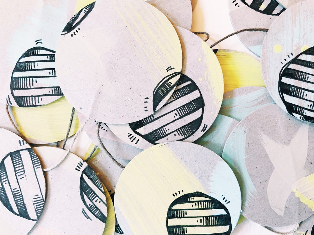 Image of BJR Orbs Paper Garland