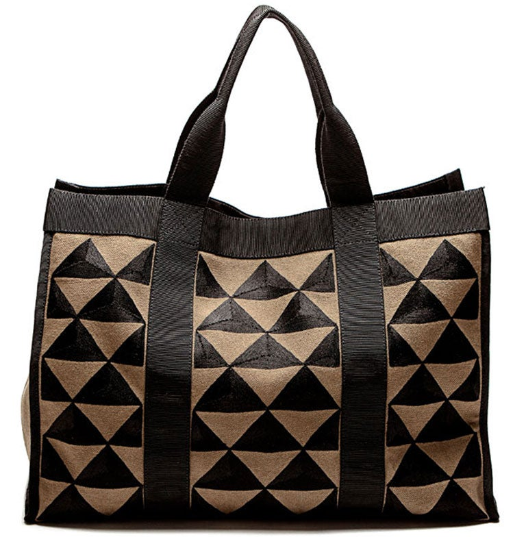 "Image of ideal kaki/black </br><span class=""product_size"">tote bag large </br></span>"
