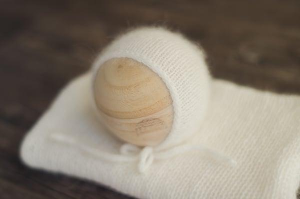 Image of Milk Cream Angora Bonnet + Wrap (double brim)