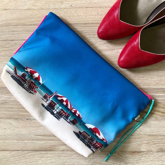 Image of White & red umbrellas XL pouch