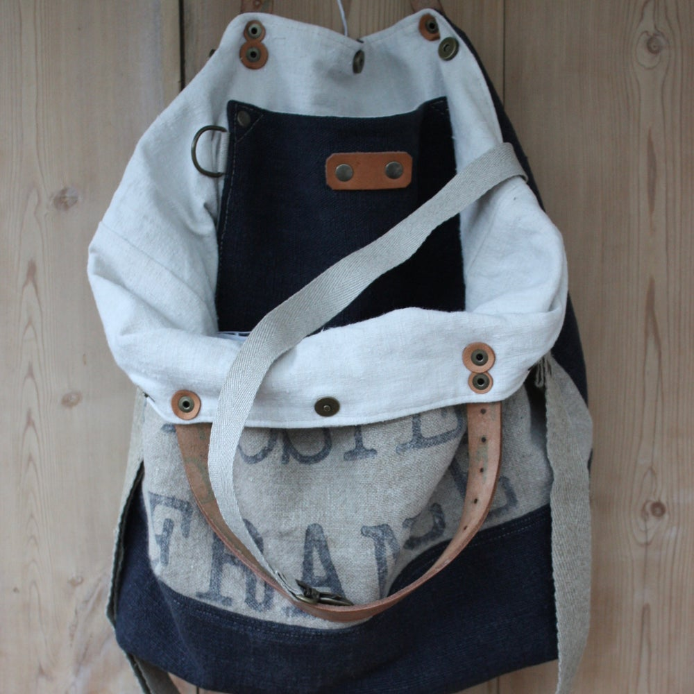 Image of ENSEMBLE SAC CABAS LA POSTE FRANCE GRIS ORAGE + POCHETTE ASSORTIE.
