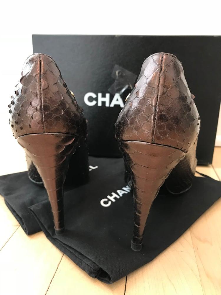Image of Chanel Metallic Python CC Logo Peep Toe Pumps