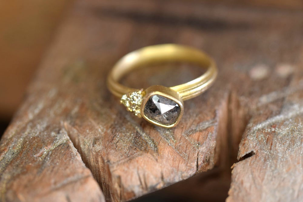 Image of Rose cut and brilliant diamonds in 18ct gold. Engagment ring, bold and contemporaty jewellery