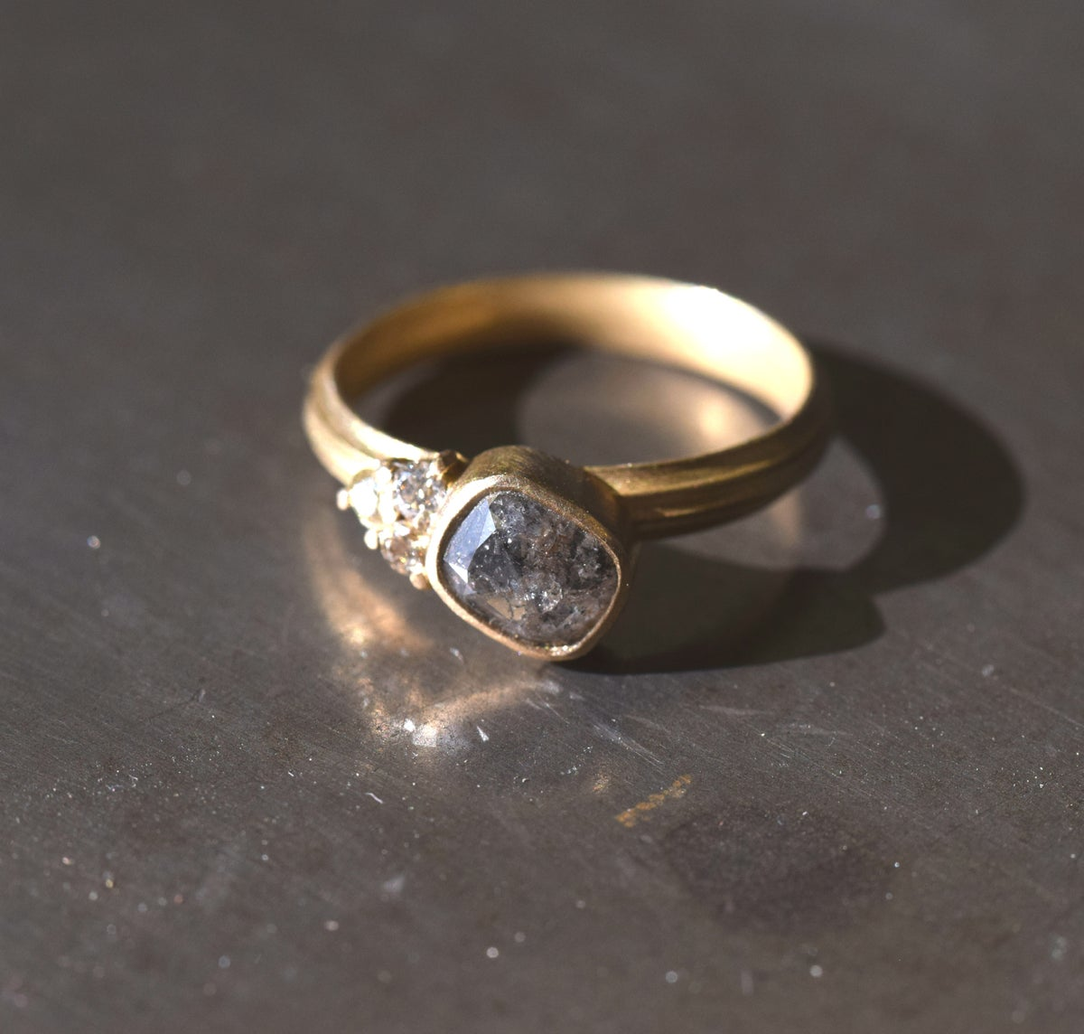 Rose cut and brilliant diamonds in 18ct gold. Engagment ring, bold and contemporaty jewellery