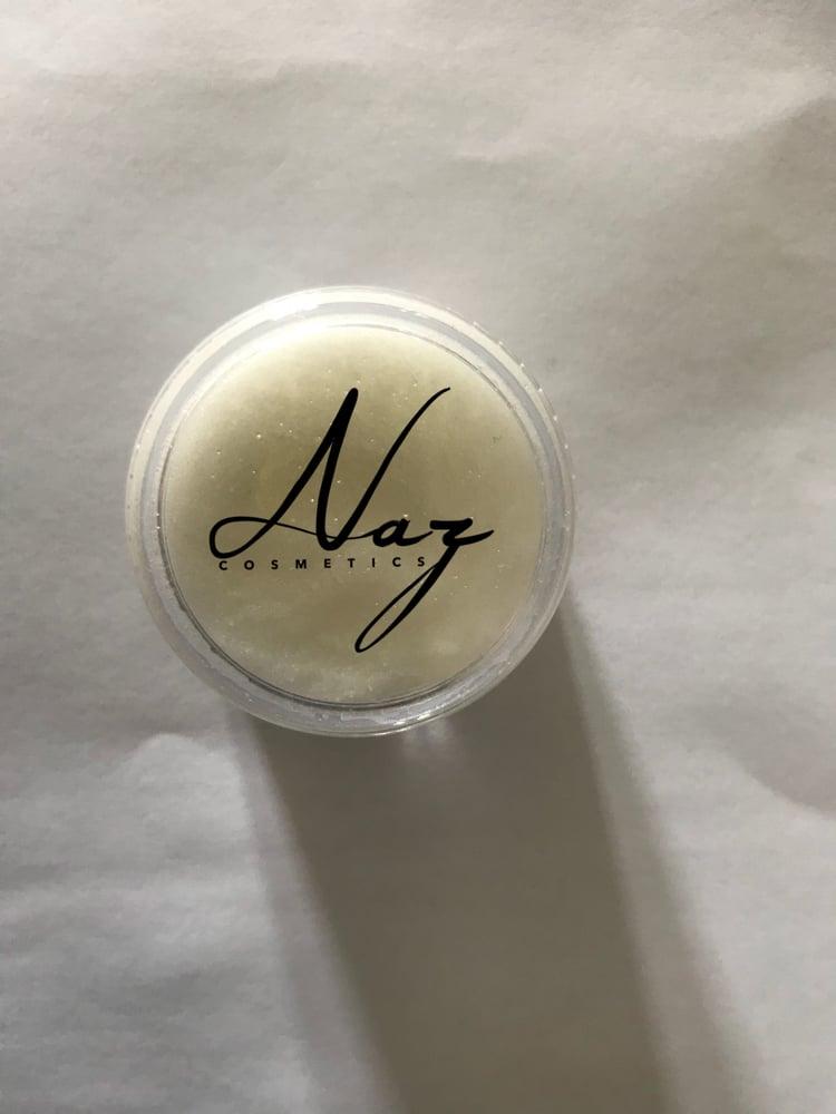 Image of Shea and almond oil lip scrub