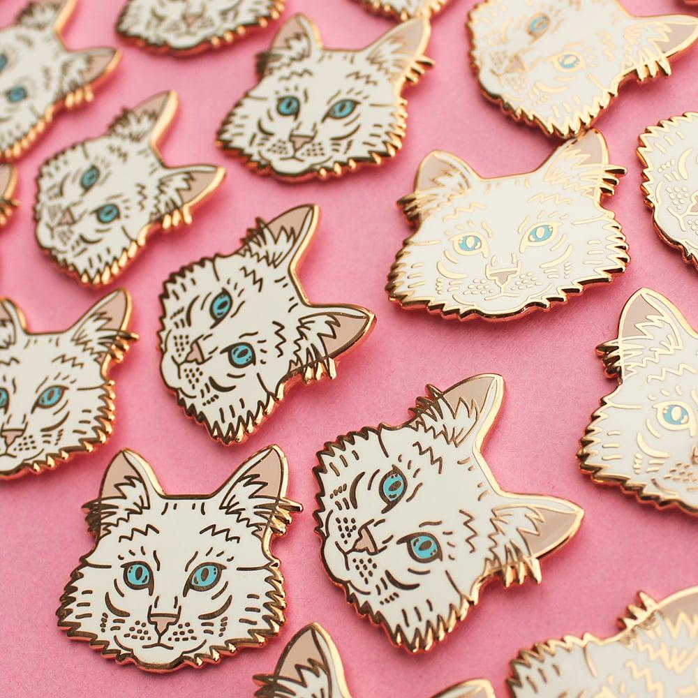 Turkish Angora cat, hard enamel pin - rose gold plating - cat breed - cat  pin - lapel pin badge