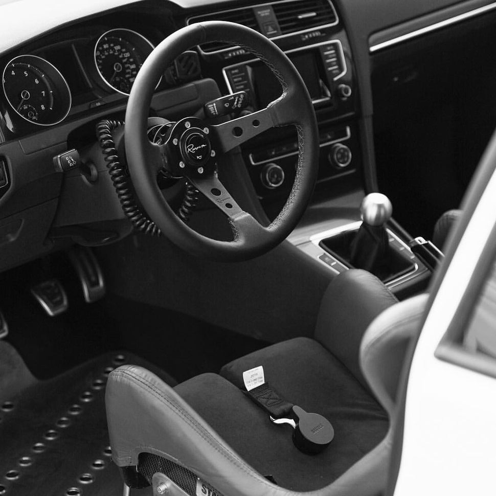 Image of Rennline Steering Wheel Quick Release Disconnect