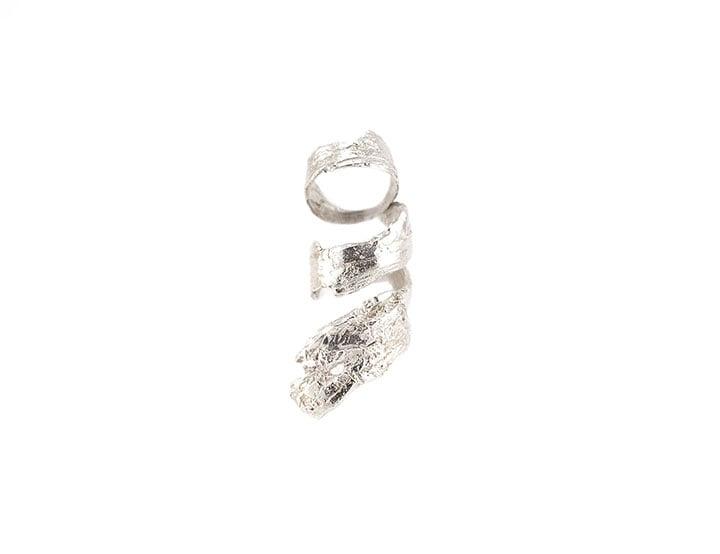 Image of bark spiral knuckle ring