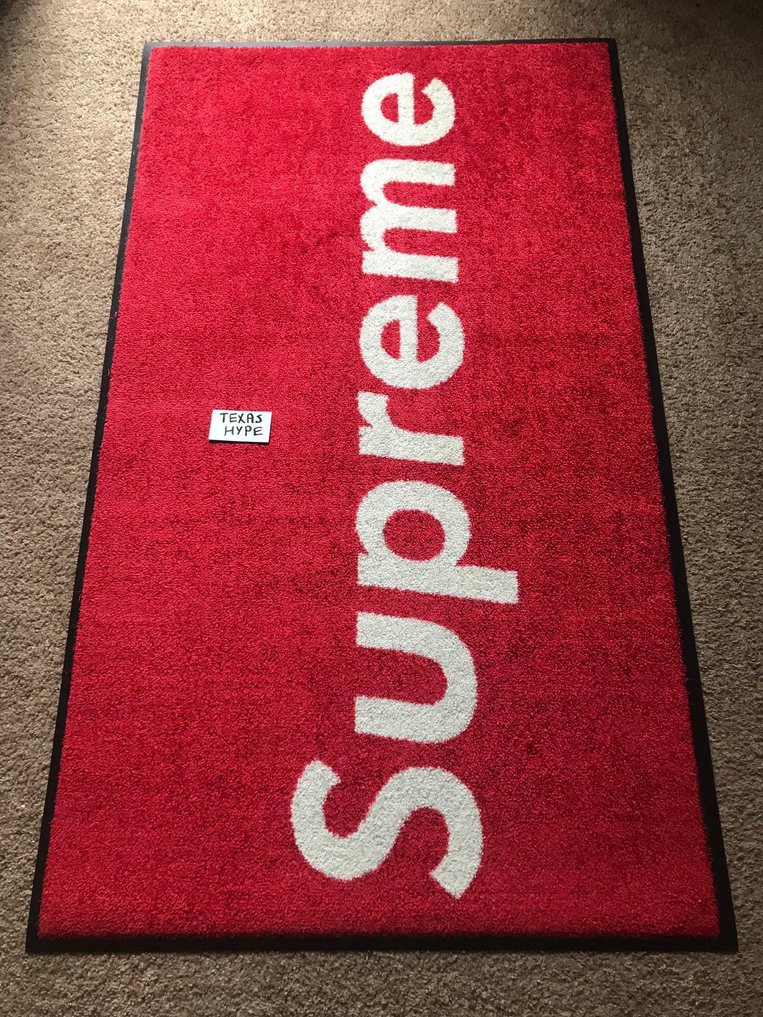 Supreme Store Rug | SUPREME WAVE