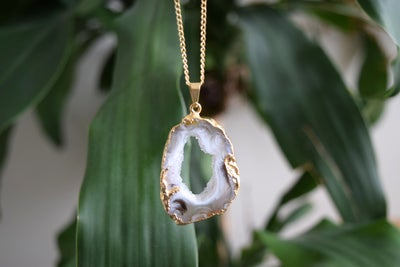 Image of The Agate Druzy Slice necklace