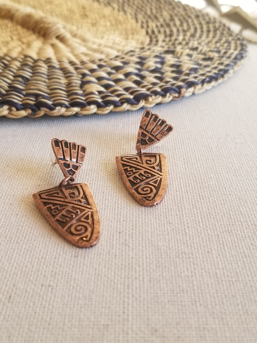 Image of Alama • Engraved Dangle Earrings