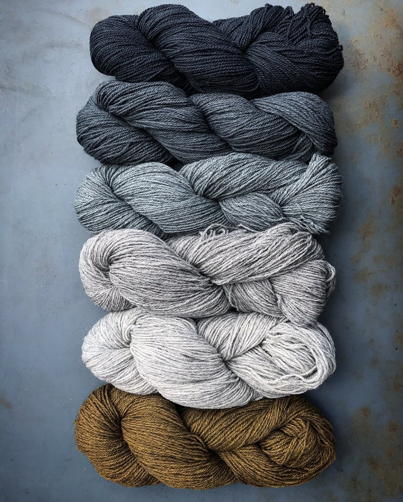 Image of SOLD OUT! LAMBSWOOL 9/3 - ANTRACIT (15)