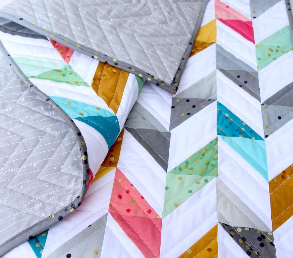 Image of Ombre Herringbone Quilt PDF Pattern