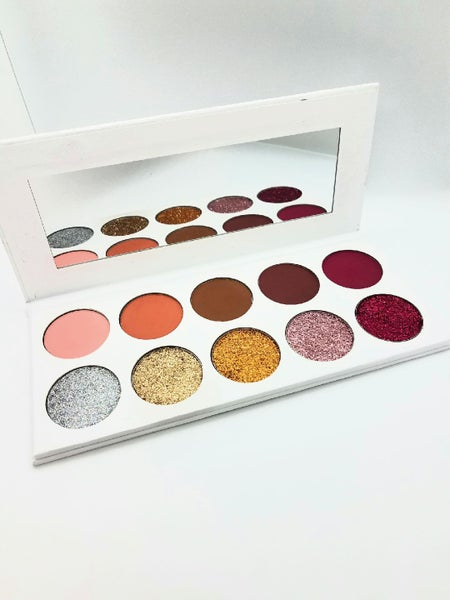 Image of Be you Eyeshadow/Press Glitter Palette