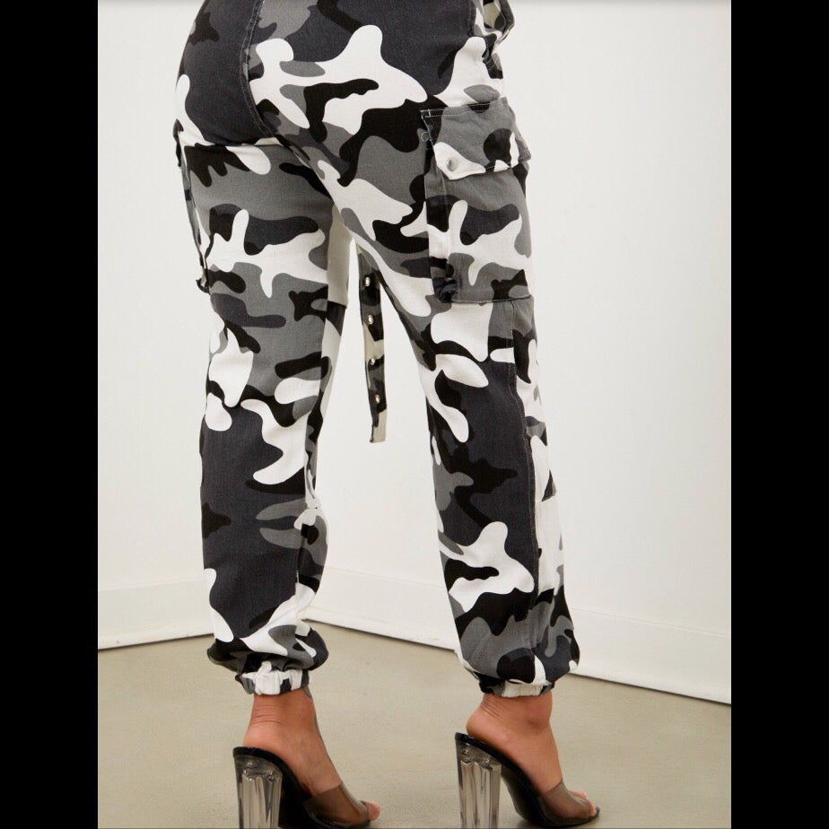 Image of Camo Cargo Pants ~ Grey
