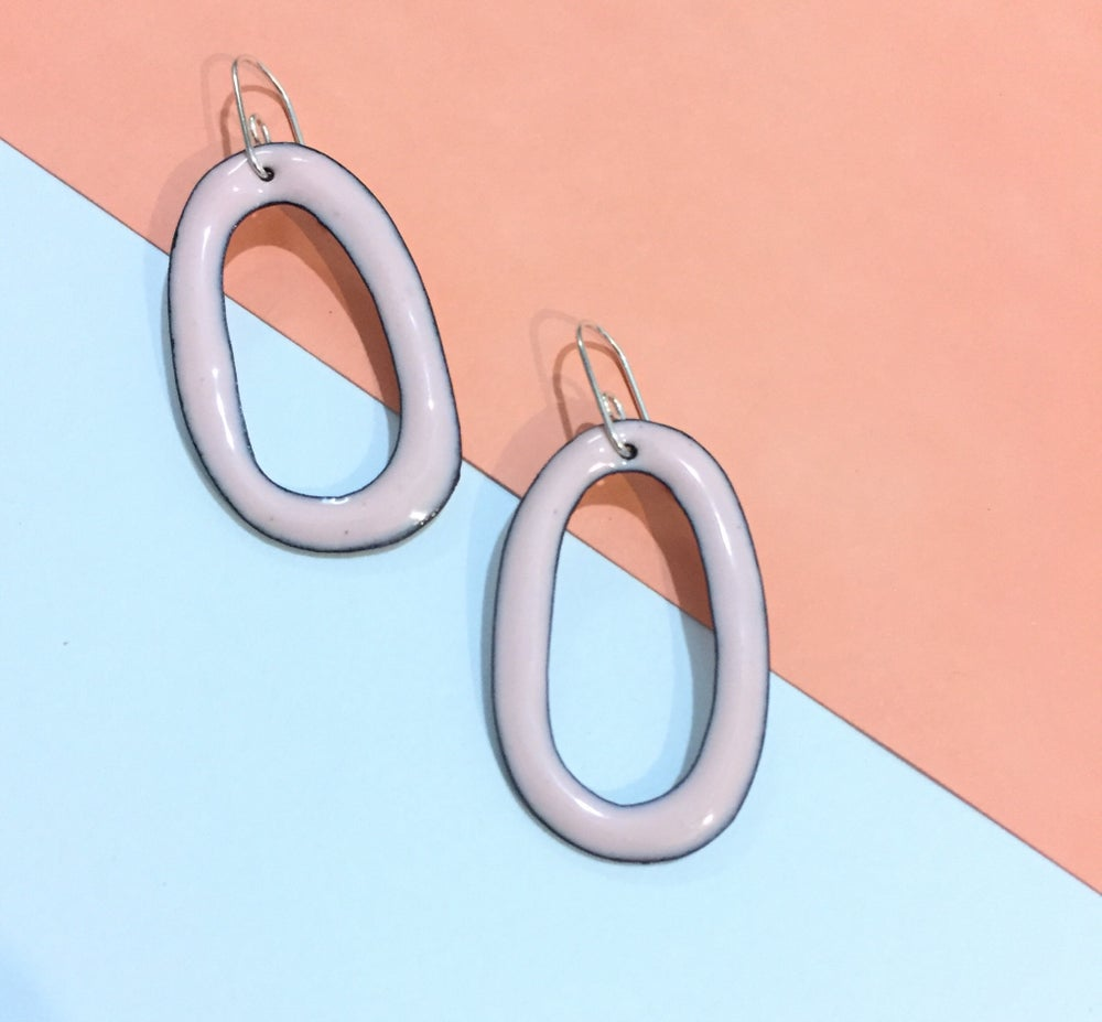 Image of Enamel hoop - Blush pink