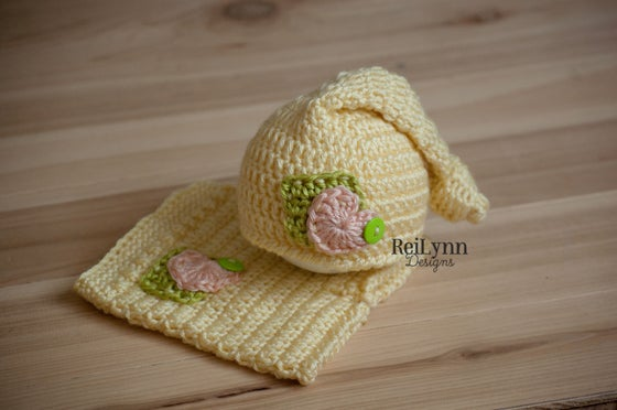 Image of Knot Top Hat and Shorties Newborn Photography Prop Set in Baby Maize, Chartreuse, and Pink