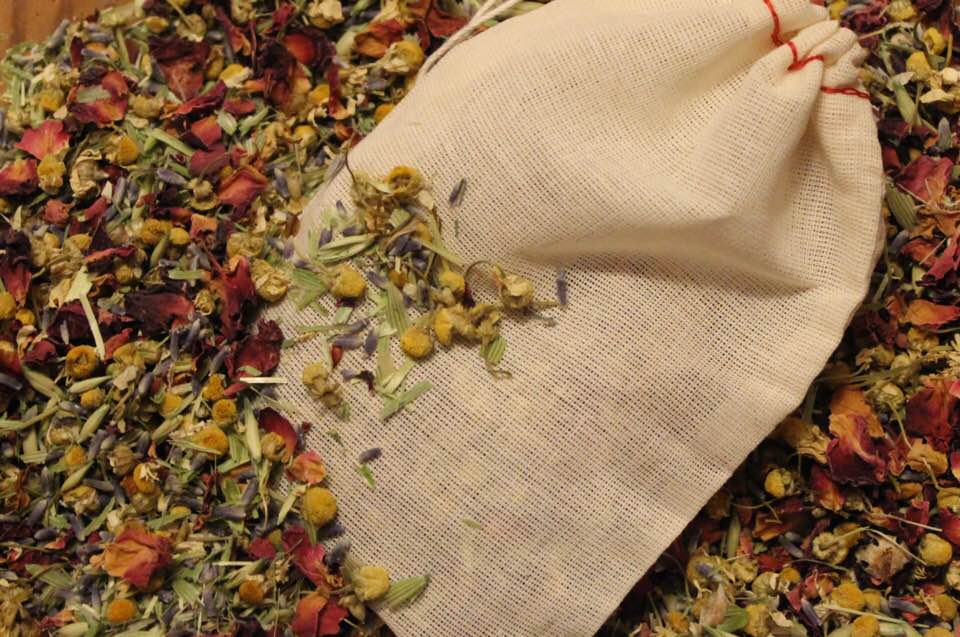 Image of BE BALANCED Herbal Bath Tea