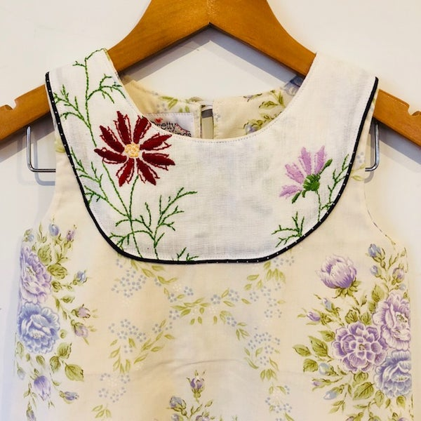 Image of Sweet Stitches dress - size 4 - lilac bouquet