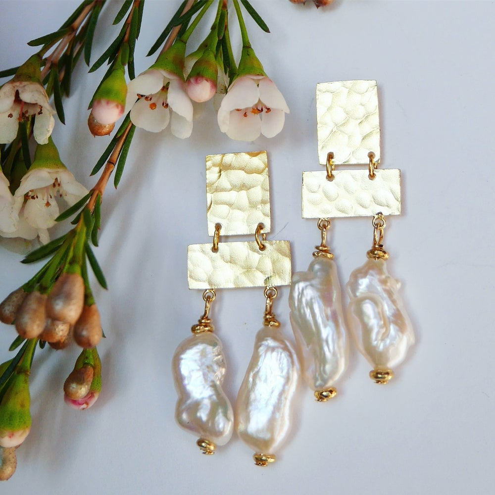 Image of Arizona Earrings (available in gold or silver)