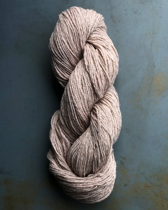 Image of SOLD OUT! Lambswool 9/3 - Dusty (28)