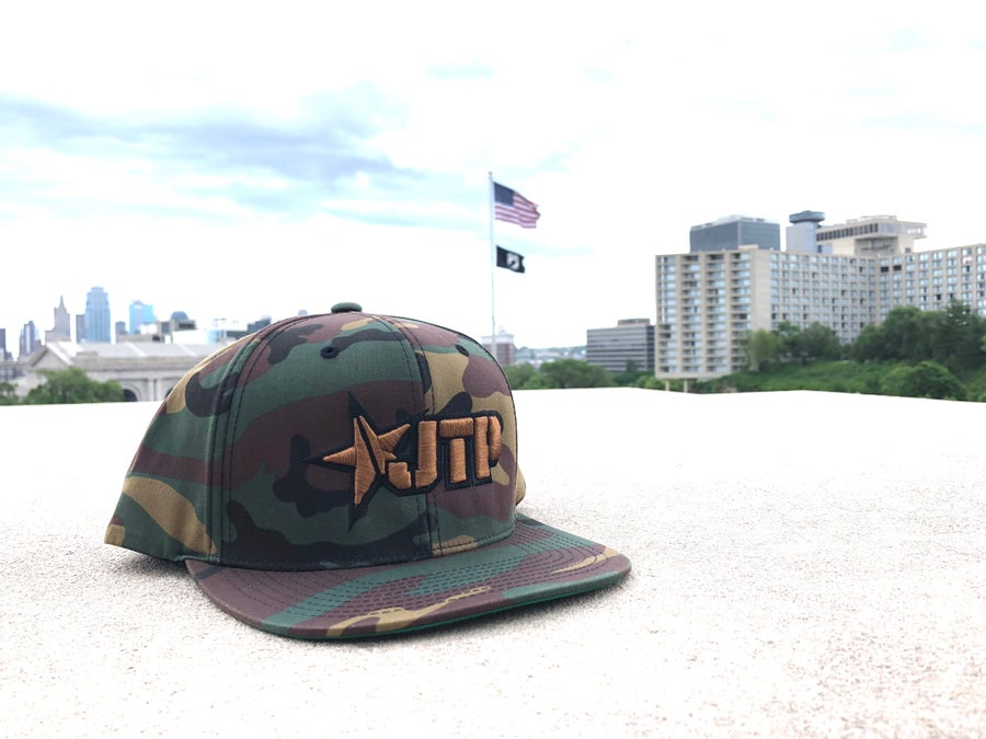 Image of CLASSIC HAT / CAMO