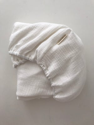 Image of bassinet // moses basket cotton gauze fitted sheet