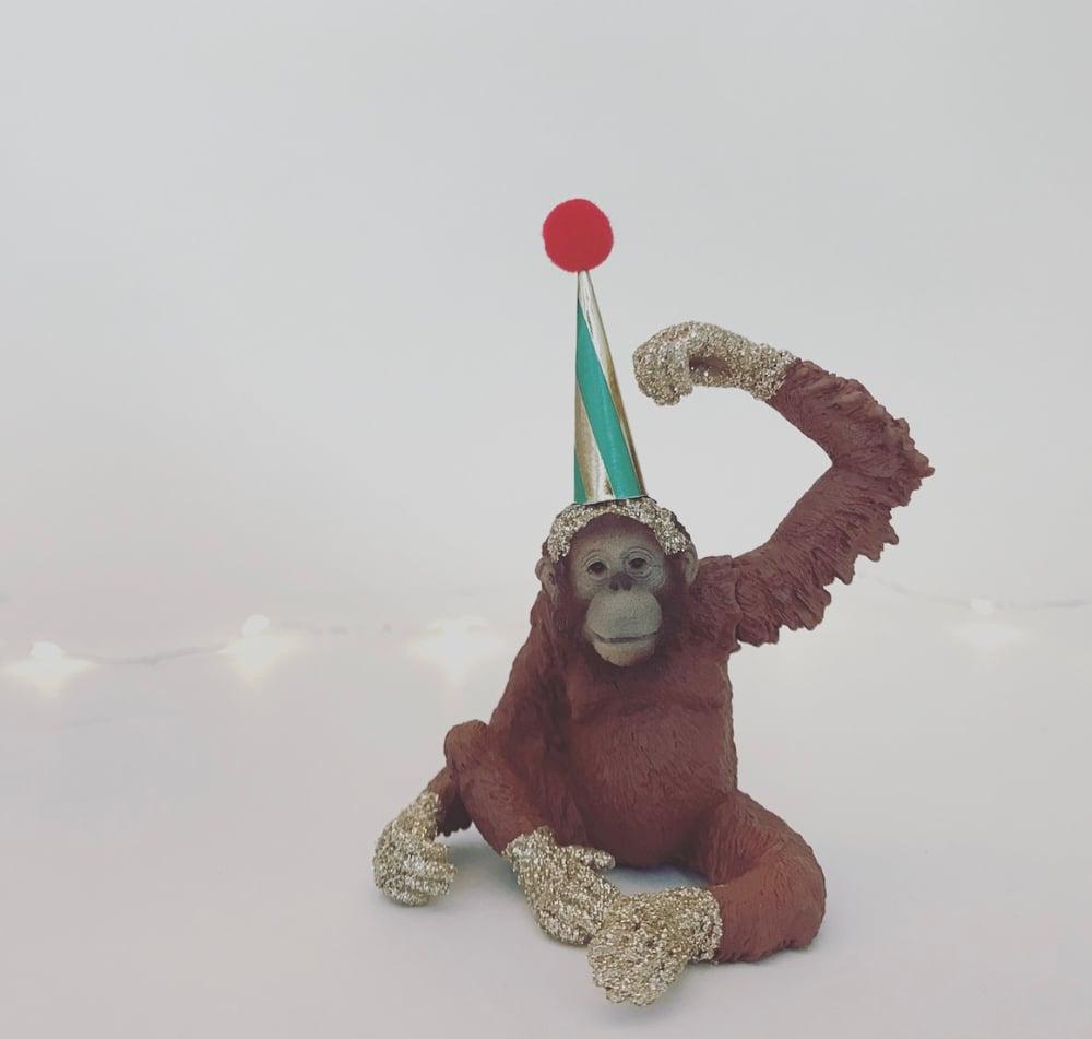 Image of ORANGUTAN without candle