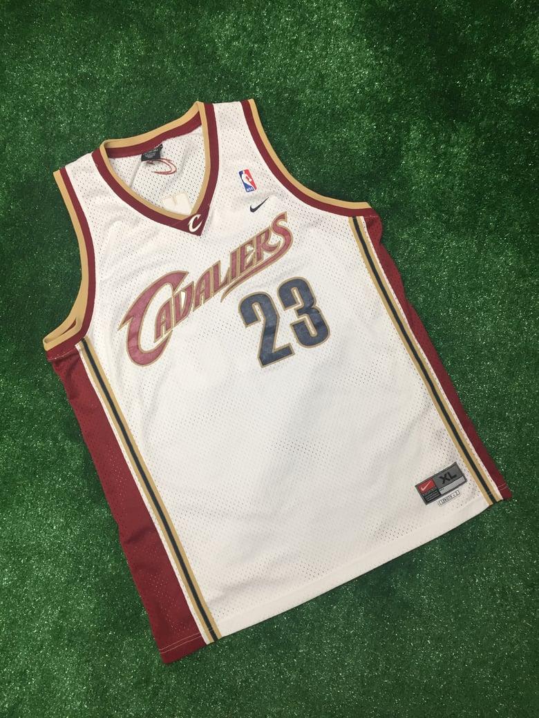 Image of Lebron James Cleveland Cavaliers Nike Swingman Jersey (Size XL)
