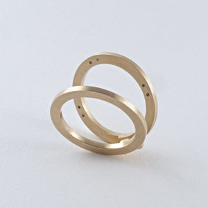 Image of INFINITY FOLDING RING — 18K