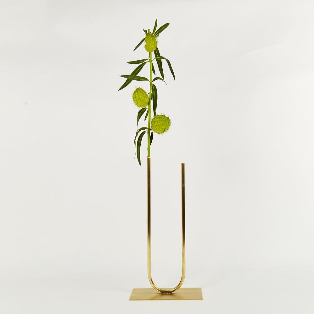 Image of Vase 00273 - Uneven U Vase
