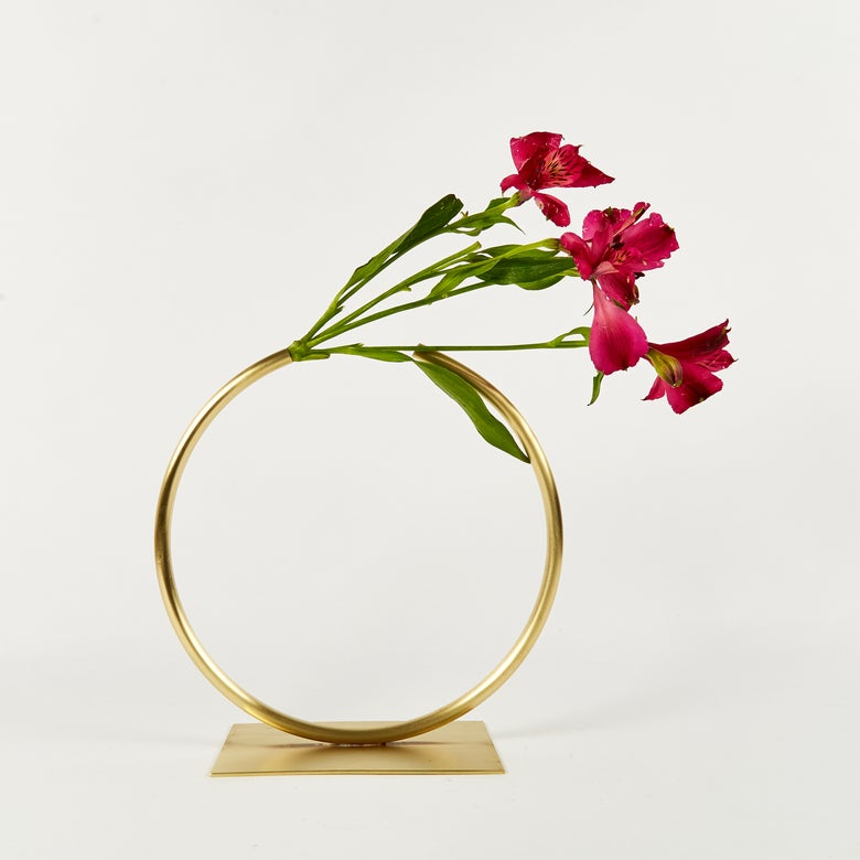 Image of Vase 607 - Almost a Circle Vase