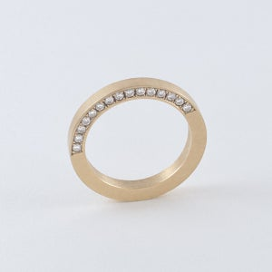 Image of SOLID INFINITY RING — 18K