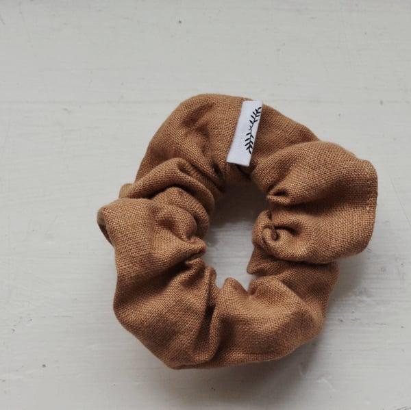 Image of Scrunchie - Amber Linen