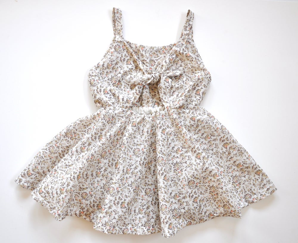 Image of Sunday Dress in Neutral Floral