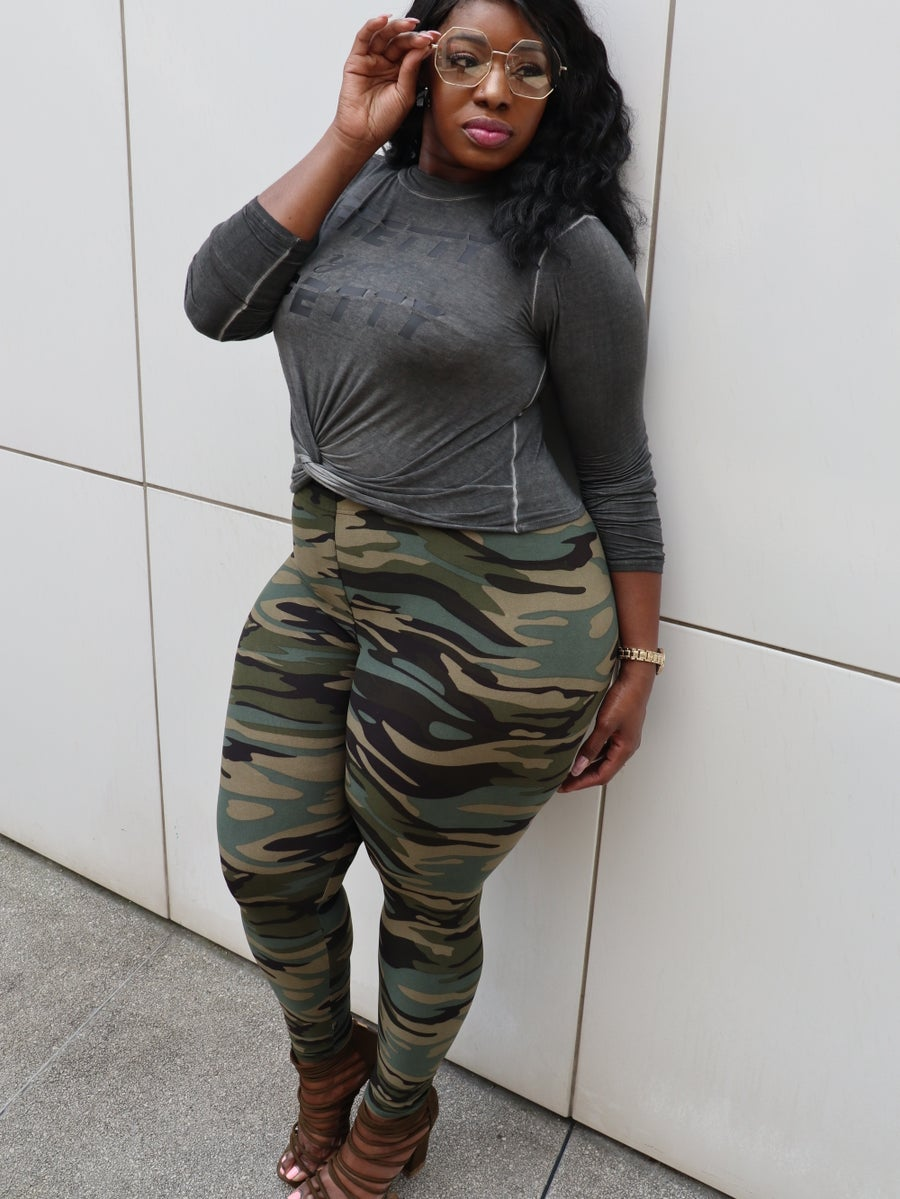 Image of Plus size camo leggings
