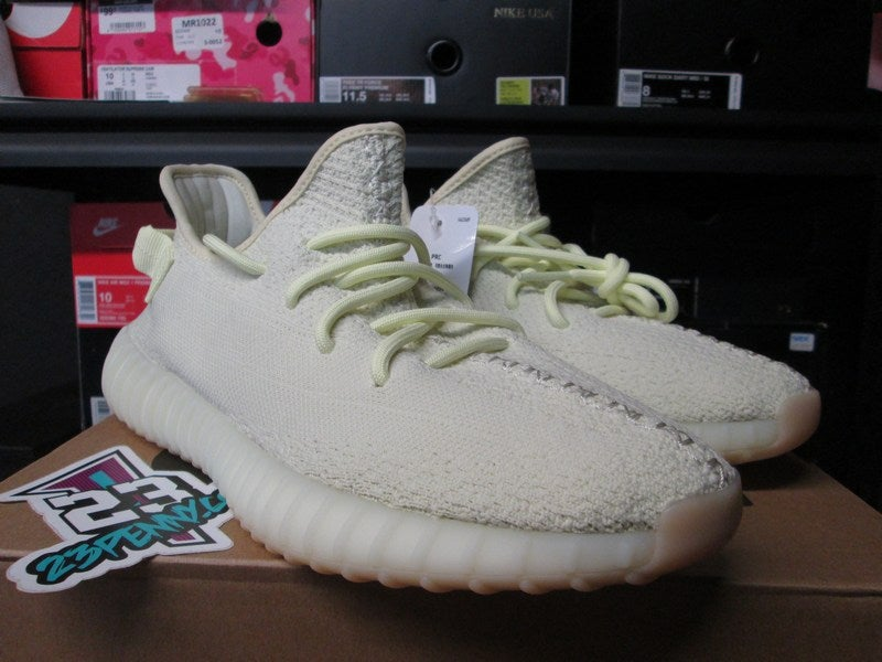 wholesale dealer 1fc94 ab0cd adidas Yeezy Boost 350 v2