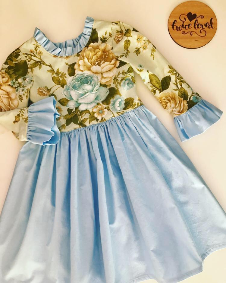 Image of Size 6 - Vintage Rose longsleeve dress