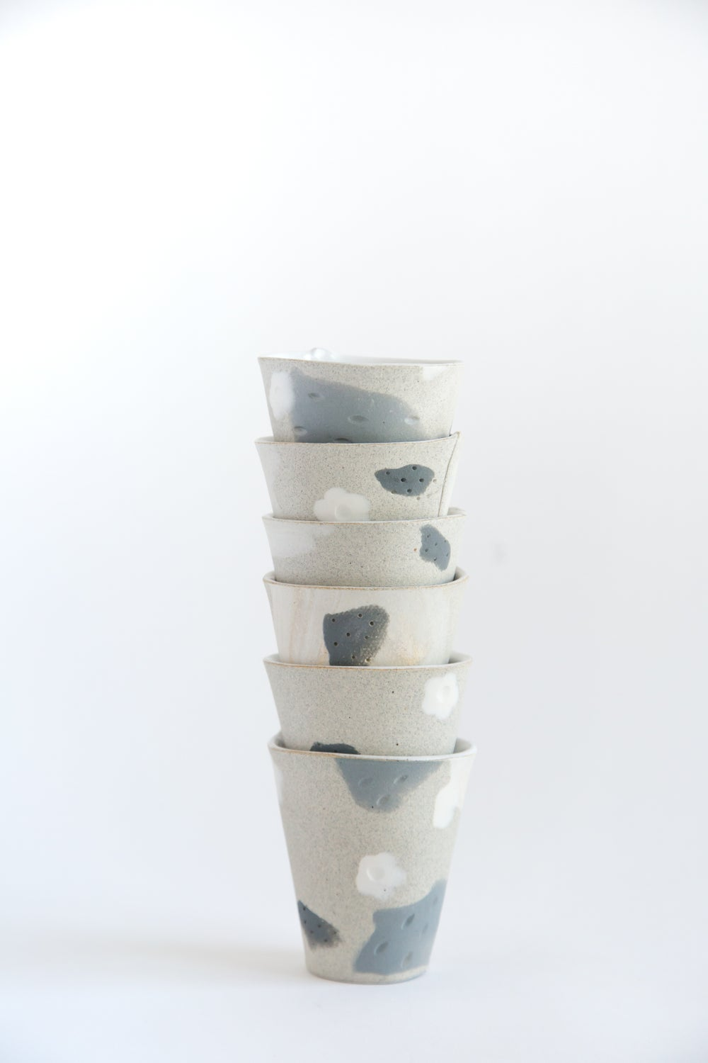 Image of White Flower Granite Slate Tumblers