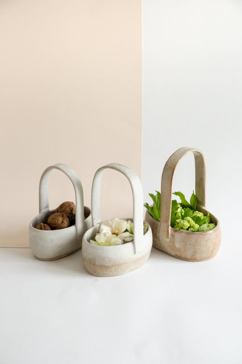 Image of Wide Oval White Baskets with long handle