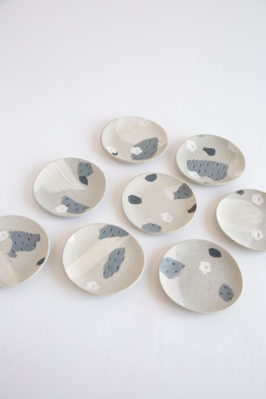 Image of White Flower Granite Slate - Jewelry Dishes